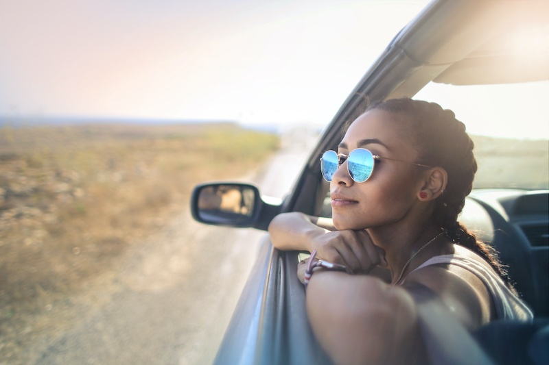 Trendy chic road traveler | 15 Self-Date Ideas For The Solo Woman | Millennial Life | Bonnibelle Chukwuneta
