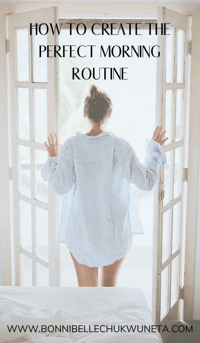 What you do in the first few hours after you wake up can make or break your day. Learn how to create a morning routine that's perfect for your lifestyle and bound to keep you productive and focused all day! #morningroutine #productive #productivity #selfcare